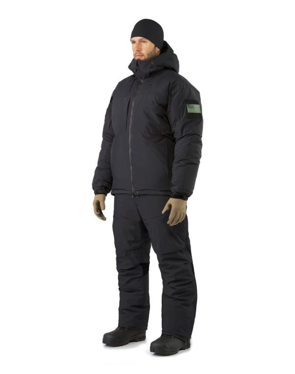 LEAF Program_ARCTERYX_Cold_WX_Jacket_SV_Black_Jacket_And_Pant_Combination_Front_View